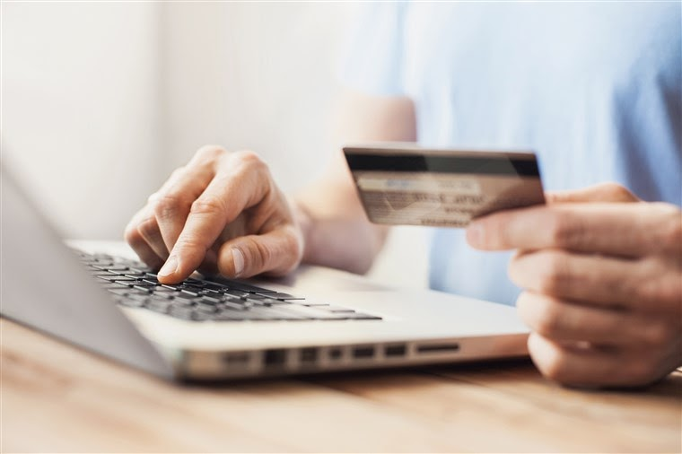 Do pay with Credit Card