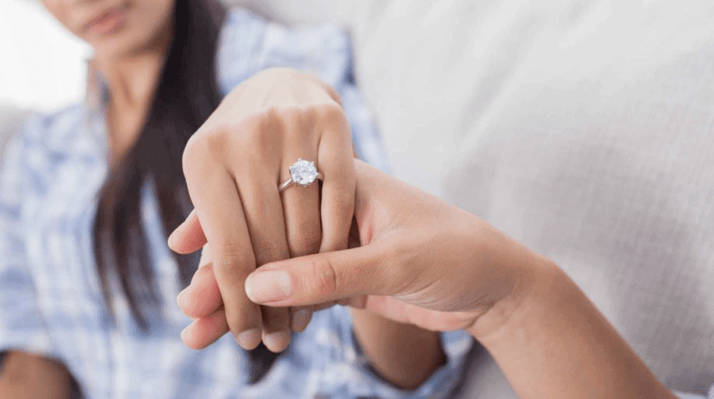 How to Choose the Perfect Engagement Ring?