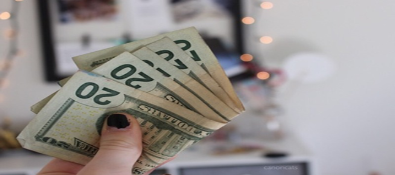 Saving Money Hacks for College Students